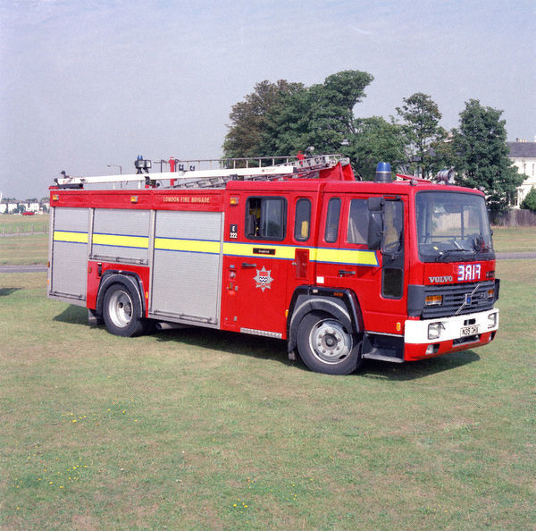 LFDCA-LFB Volvo dual purpose diesel pump ladder