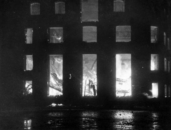 Fire at Great Tower Street, City of London, during the Blitz, Second World War, 29 December 1940