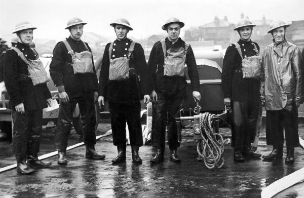 Members of Ilford Auxiliary Fire Service at Barking Town Quay