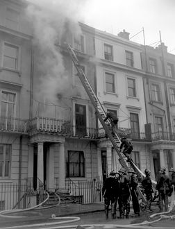 LCC-LFB Serious house fire in Notting Hill