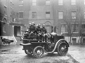 LCC-LFB Motorised Fire King fire engine