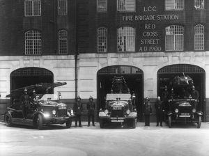 LCC-LFB Red Cross Street fire station, City of London