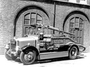 A London Fire Brigade pump escape