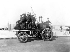 Merryweather steam fire engine with crew